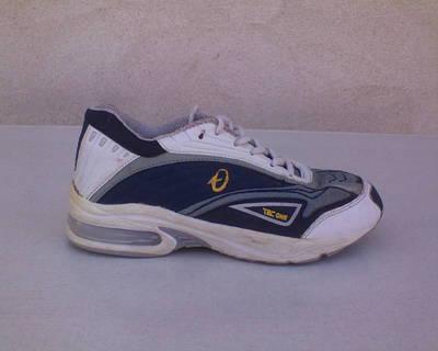 TECONE sportcipő kb. 35-36