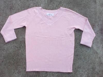 *V nyakú rózsaszín pulóver kb. 40-es